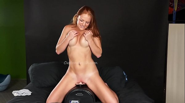 Farrah's First Sybian Ride