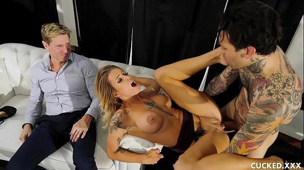 Big Tit Blonde Luna Cucks Her Husband Because She Misses The Stiff Cock Of Her Ex-Boyfriend