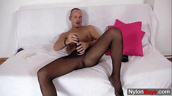 NylonBoys.com frank 1 640x360 800716 tube