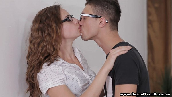 Casual Teen Sex - Casual photo session and sex ...