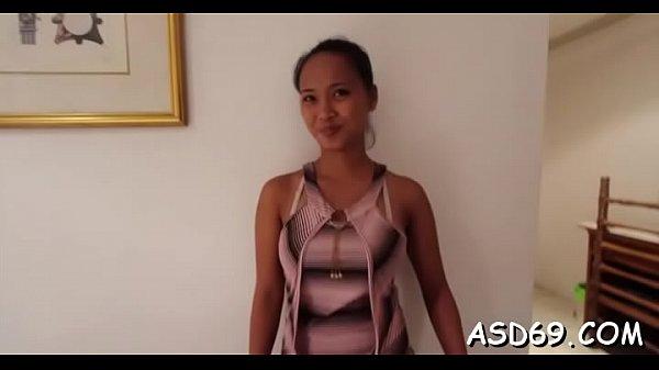 ไทยxxx สาวไทยรับงานฝรั่งที่โรงแรมควยใหญ่มากงานนี้มีจุกมีเจ็บแน่ๆตัวเธอ