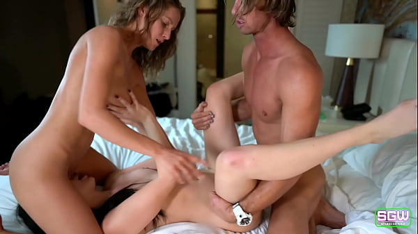 Threesome in a Las Vegas hotel!