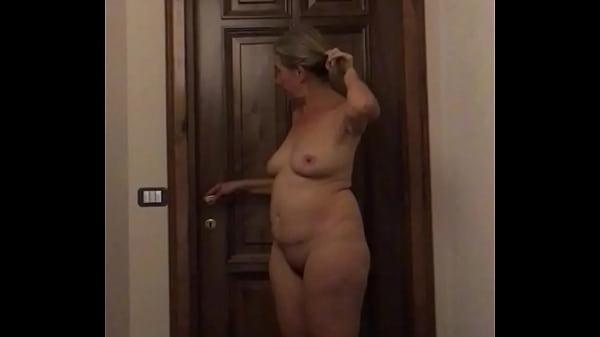 My wife nude