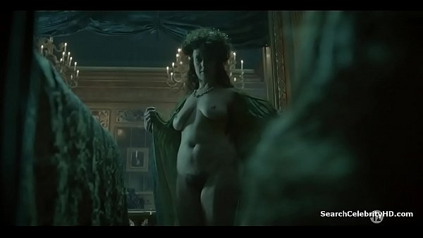 Thoumire  nackt Valérie Alexia Giordano