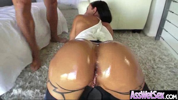 Oiled Girl (jewels jade) With Big Butt Enjoy Anal Deep Sex movie-12