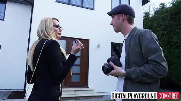 XXX Porn video - (Alessa Savage) - Hard Sell Thumb