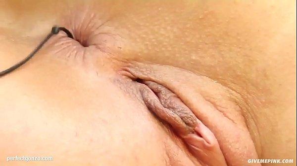 Eliza gonzo style solo fingering masturbation on Give Me Pink