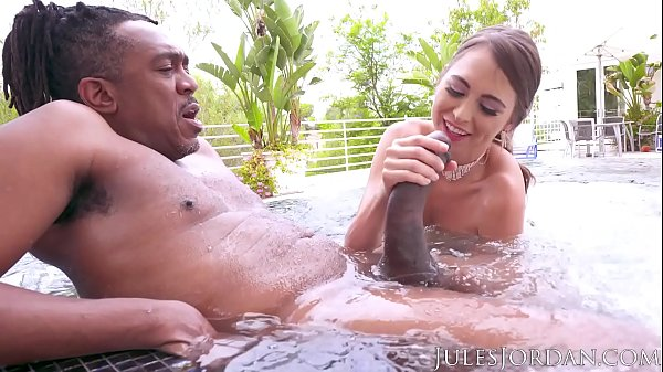 Jules Jordan - Riley Reid Found Dredd's Sea Monster. It Finds Its Way To Her ASS! Thumb