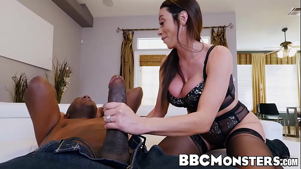 Amazing MILF Ariella Ferrera pleasuring big ebony dick
