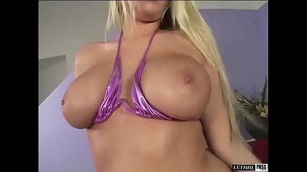 Big Titty Blonde Riley Evans Gets Her Cameltoe Creamed