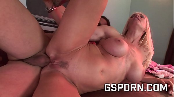 Rough cock in the ass of the sexy Totally Tabitha