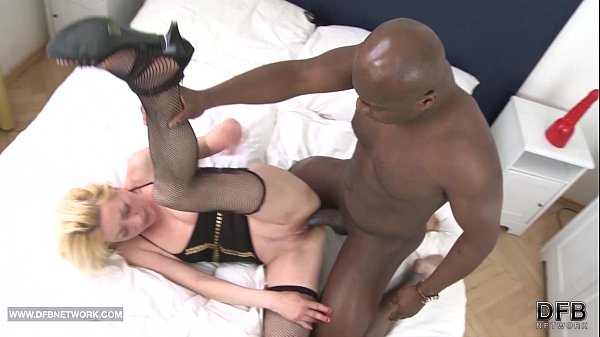My mom anal fucked by black cock fucking cumsho...