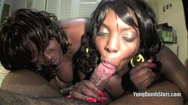 Lisa Rivera and Madison wet upDon Whoe 's dick GOOD / SuperHotFilms