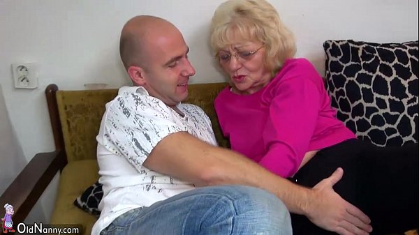 HOT Young guy fucking granny with strap-on OLDNANNY  thumbnail