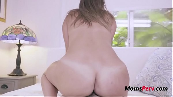 MOM and SON fuck, DAD caught- Havana Bleu