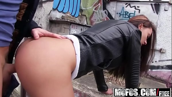(Victoria Sweet) - Hot Euro Chicks Round Ass - Public Pick Ups