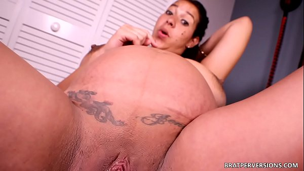 Virtual Creampie with a Pregnant MILF