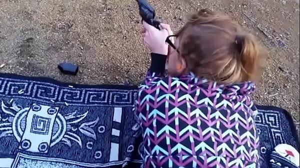 Redhead clip shooting range Thumb