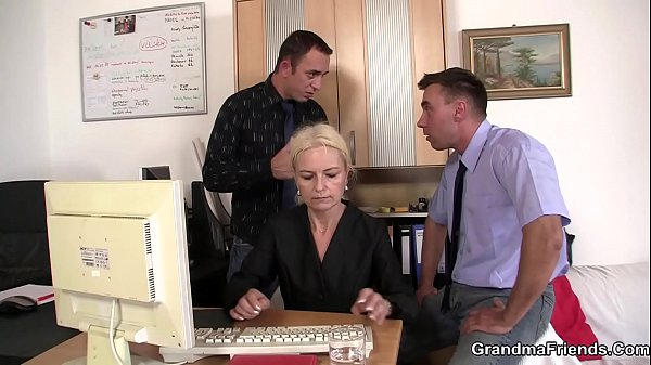 Two dudes fuck skinny blonde granny