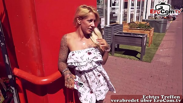 Macho Bodo fickt Dating Schlampe Outdoor in Berlin