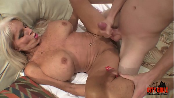 young guy slams his young cock to mature MILF  Sally D'angelo Thumb