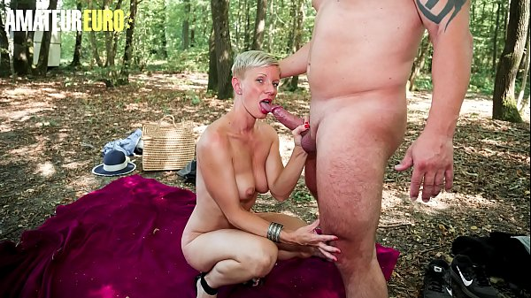 AMATEUR EURO - Mia Wallace Gets Ass Fucked By Big Cock Husband In The Woods