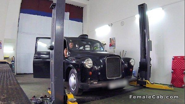 Auto mechanic fucks female cab driver in his shop Thumb