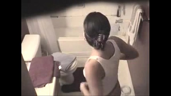 Hot North indian Girl Bathing