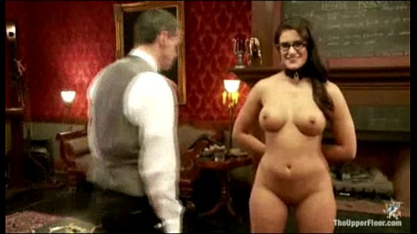 Teaching the sex slave in the ass