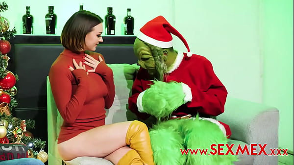 EMILY THORNE - FUCKED BY NOT THE GRINCH Thumb