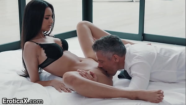 Sexy Latina Eliza Ibarra Passionate Affair With...