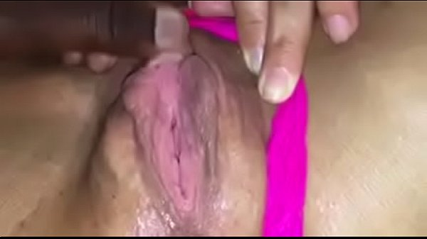 Thick pawg pussy throbbing
