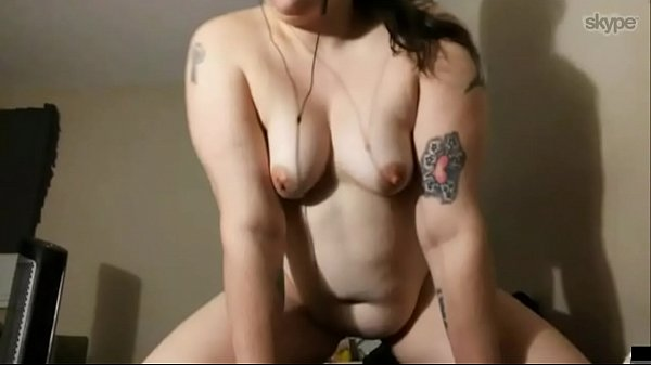 skype sex with chubby brunette