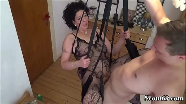 German Step-Son Fuck Mother with Stockings in Love Swing - Junger Stief-Sohn fickt seine Mutter in einer Liebesschaukel