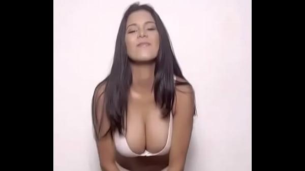cual es su nombre? who is she? quien es ella?