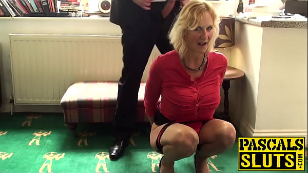 Molly Maracas is a mature slut who enjoys rough sex