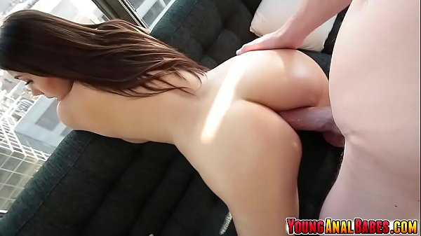 Valentina Nappi decides to have anal sex with h...