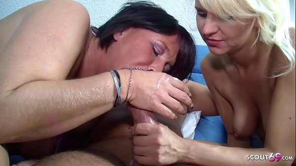 German Mom Teach Step Daughter to Fuck in FFM T...