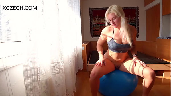 Erotic Nude Yoga with Sharon Cherry: Czech beauty Sharon Cherry wake up and prepare for the morning erotic you. Enjoy her first morning yoga lesson with her! XCZECH.com