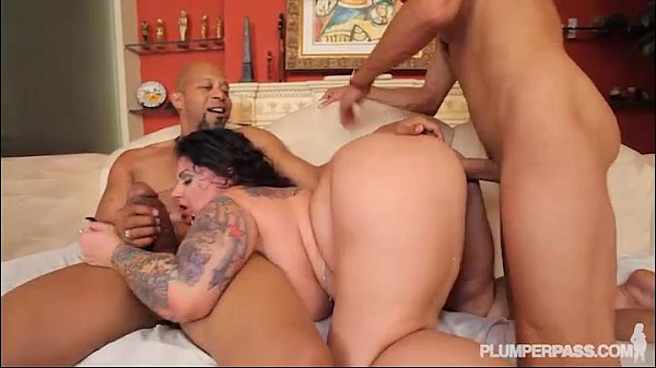 BBW Erika Xtasy Double Penetrated BY 2 Monster Cocks