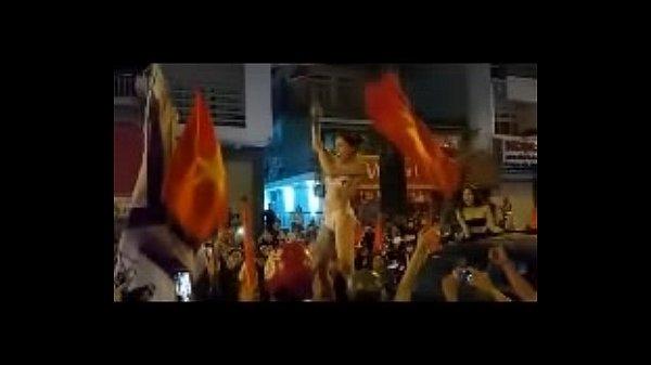 www.vietsex69.com Bầy đàn lột đồ trận Việt Nam – Qatar