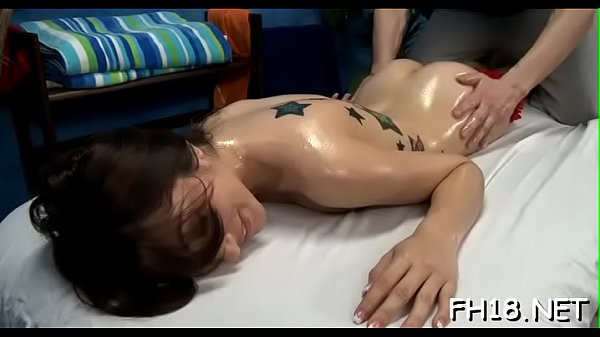 Hawt 18 year old brunette slut gets screwed har...