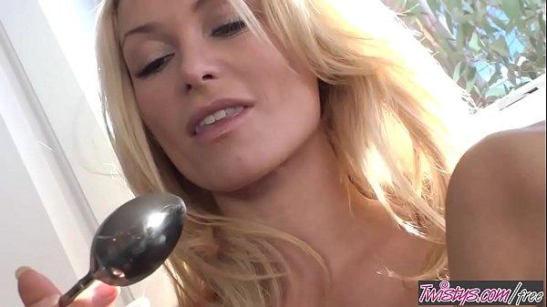(Heather Vandeven) - Kitchen Party - Twistys