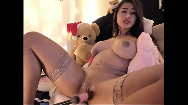 Busty Latin bitch let robot toy fucking pussy on cam