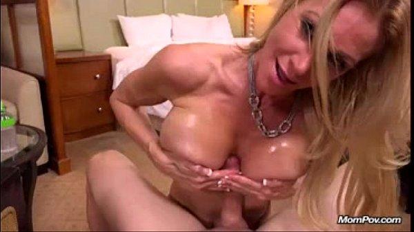 rihanna naked on her lnees