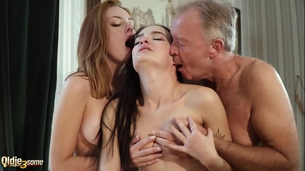 Hot old and young threesome sex during a job in...
