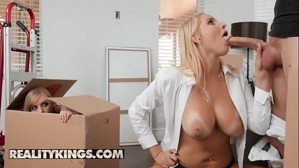 Moms Bang Teens - (Vanessa Cage, Dolly Leigh, Oliver Flynn) - Moving Out Part 2 - Reality Kings Thumb