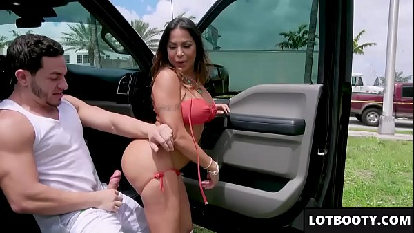 Fat booty and big tits latina Mature gets fucked in public (Join Now! Da‌te‍Me​1​8.com)