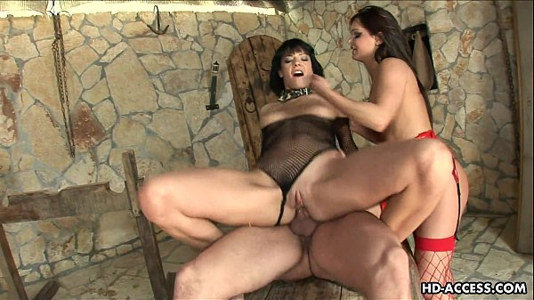 Two hot big ass bitches fuck the dude threesome...