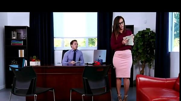 SEX WITH MY SECRETARY KELSI MONROE Thumb